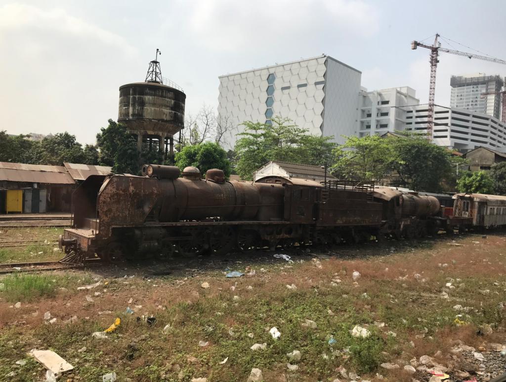 蒸気機関車_プノンペン
